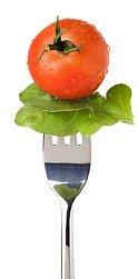 tomato and lettuce on fork; vegetarian diet tips